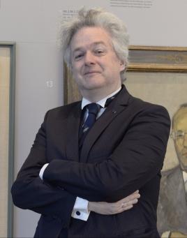 mr. M.B.F.D. de Vries